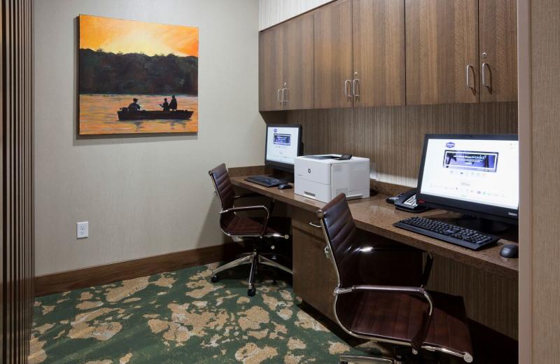 Computers at Spicer Green Lake Resort.