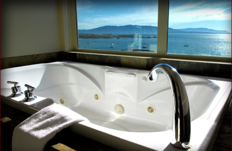 Suite Bathroom at The Chrysalis Inn
