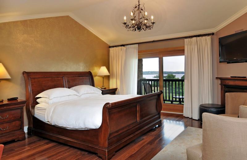 Guest room at Eganridge Resort, Country Club & Spa.