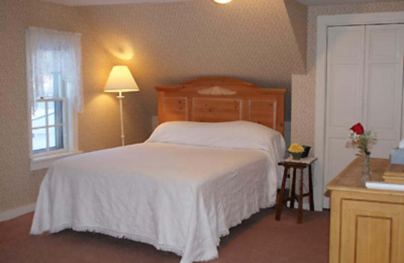 King Suite at Echo Lake Inn
