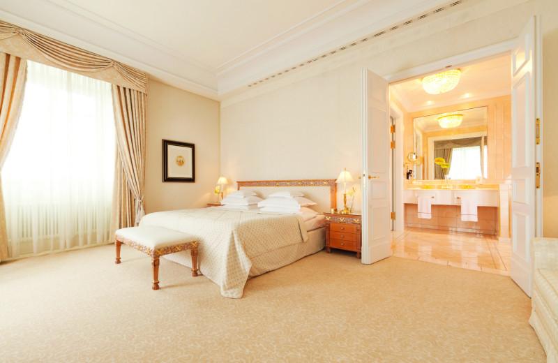 Guest room at Grandhotel Schloss Bensberg.