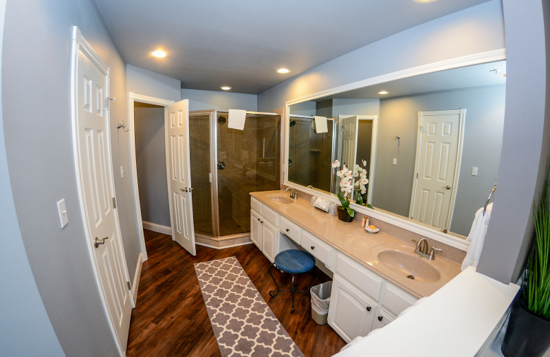 Master Villa Bathroom at Tanglewood Resort and Conference Center.