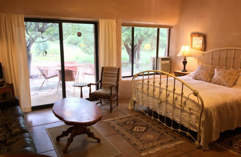 Guest room at Cochise Stronghold Bed and Breakfast.