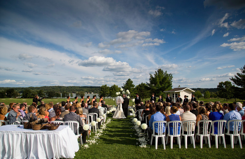 Weddings at Inns of Geneva National