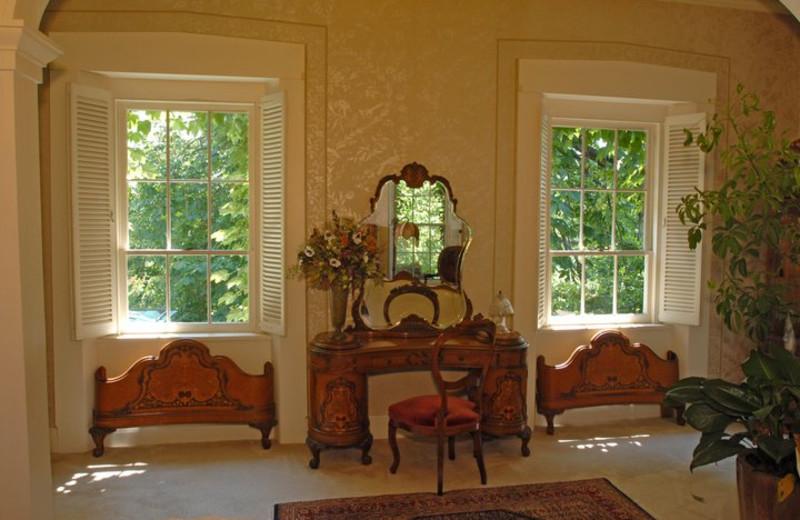 Interior view of Morgan-Samuels Inn.
