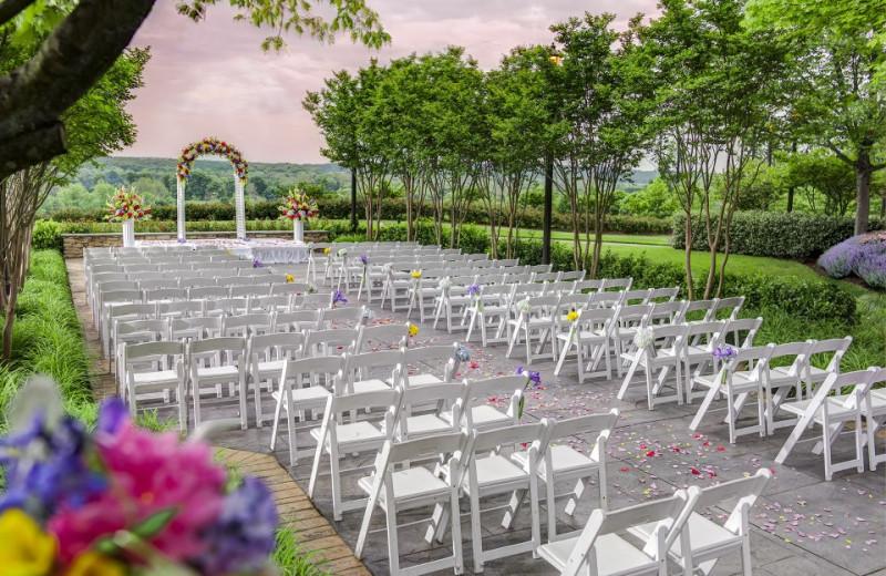 Outdoor Ceremony at Lansdowne Resort
