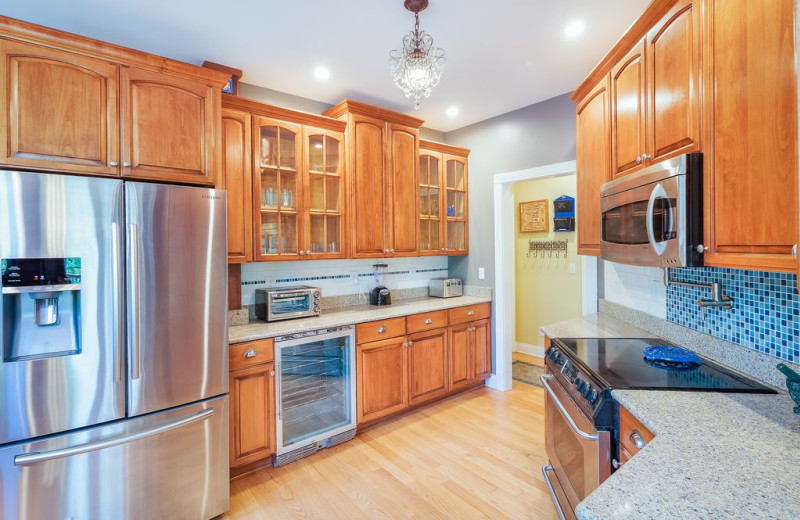 Rental kitchen at Chattanooga Vacation Rentals.
