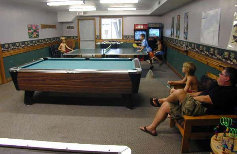 Recreation room at Pine Vista Resort.