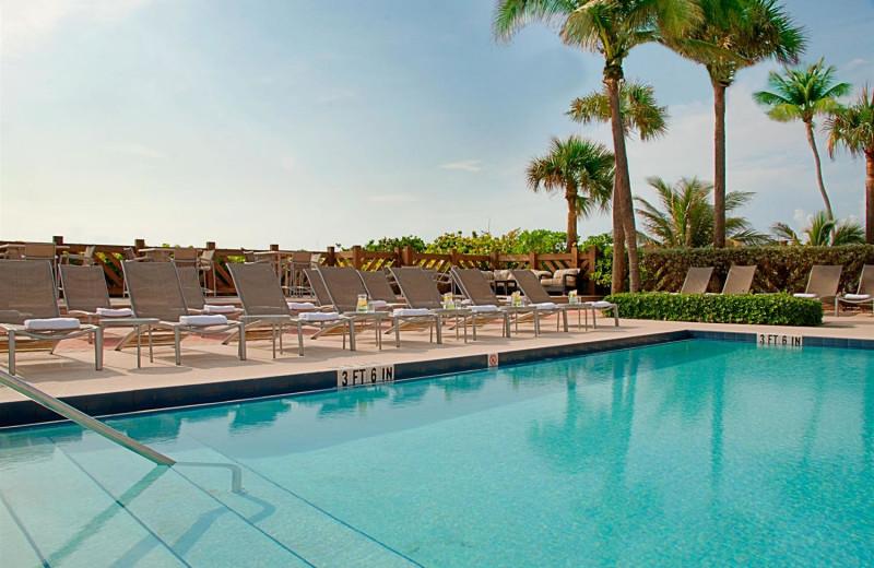 Outdoor pool at Hilton Singer Island Oceanfront Resort.