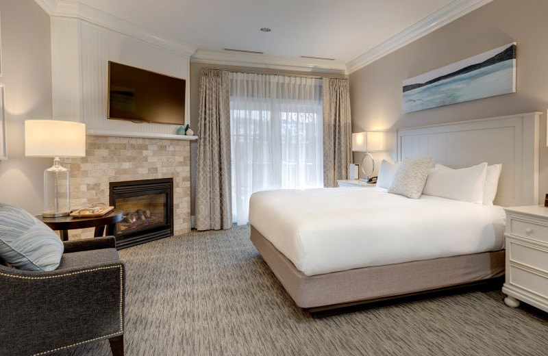 Guest room at Mountain Grand Lodge and Spa.