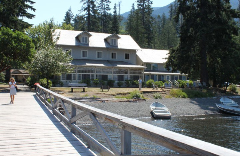 Exterior view of Lake Crecent Lodge.