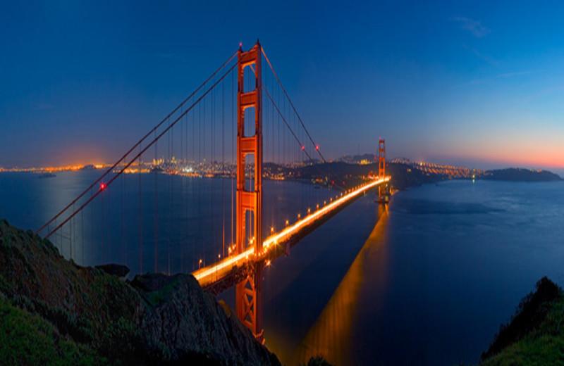 Golden Gate Bridge near Castle Inn.