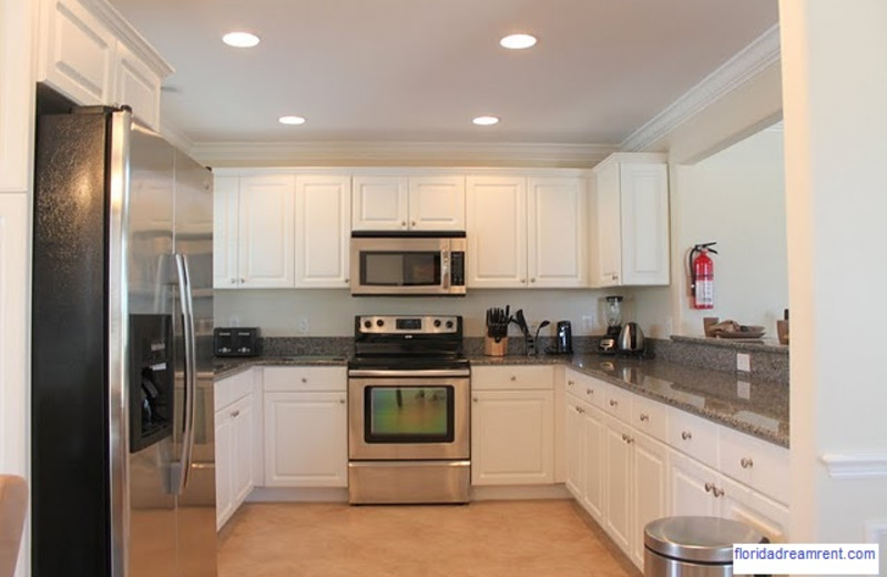 Rental kitchen at Florida Dream Management Company.