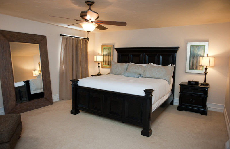 Guest bedroom at Gervasi Vineyard.