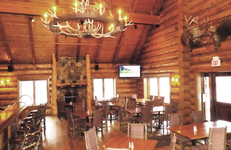 Dining at Garland Lodge and Resort.
