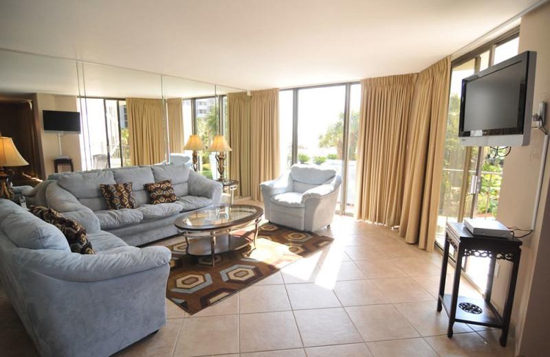 Guest living room at Edgewater Beach & Golf Resort.