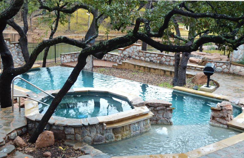Pool at Log Country Cove.