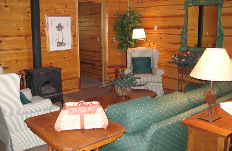 Guest living room at Teton Valley Lodge.