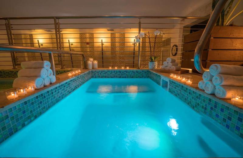 Spa pool at Eden Roc Miami Beach.