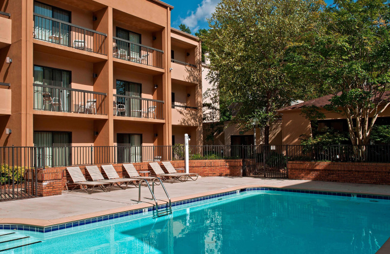 Outdoor pool at Courtyard by Marriott Charlotte Arrowood.
