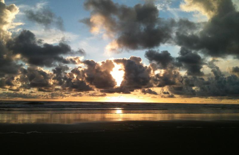 Beach sunset at Lighthouse Oceanfront Resort.