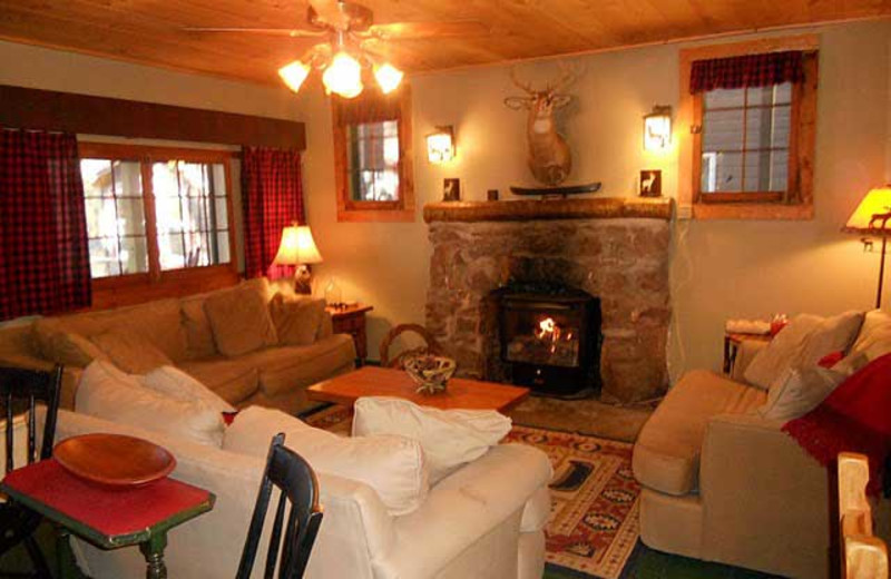 Guest Cottage at White Lake Lodges