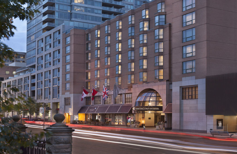 Exterior view of Hotel Inter-Continental - Toronto.