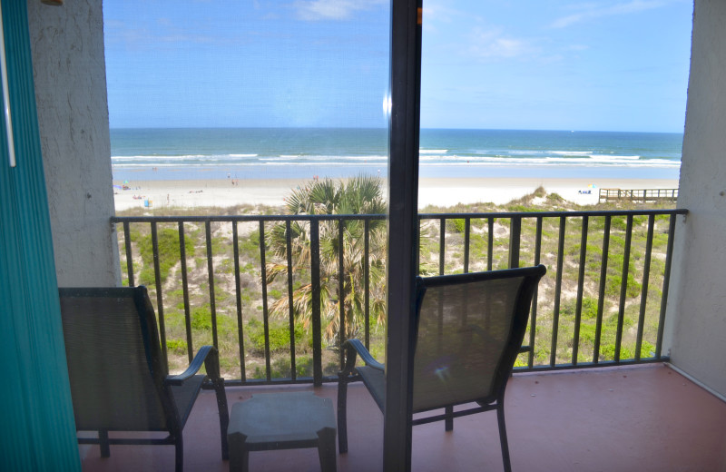 Private balcony at Beacher's Lodge Oceanfront Suites.
