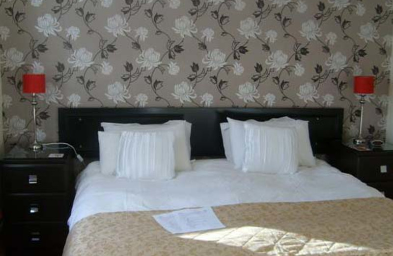 Guest room at Aslar House.