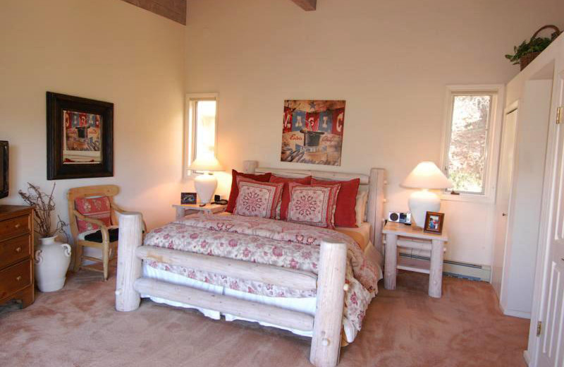 Rental bedroom at Frias Properties of Aspen - Terman House.