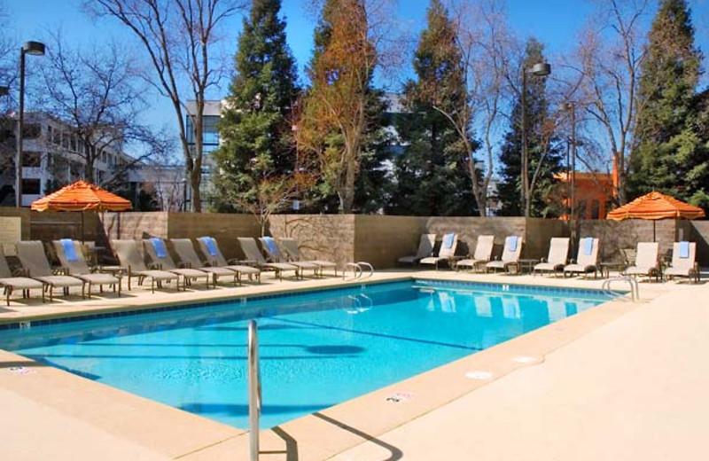 Outdoor pool at Visalia Marriott.