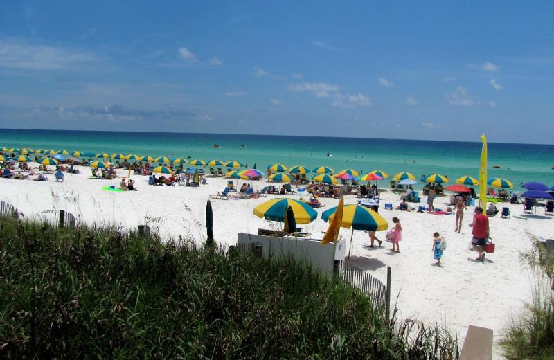 Beach at Crystal Waters Vacations.