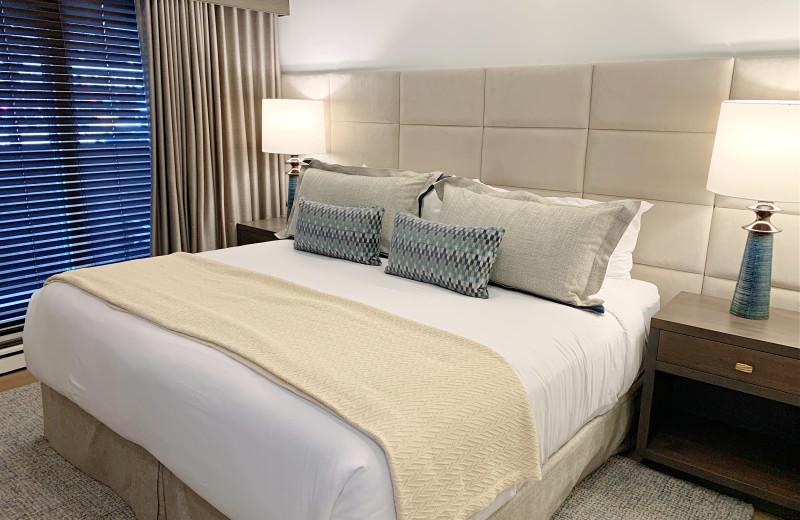 Guest room at Aspen Square Condominium Hotel.