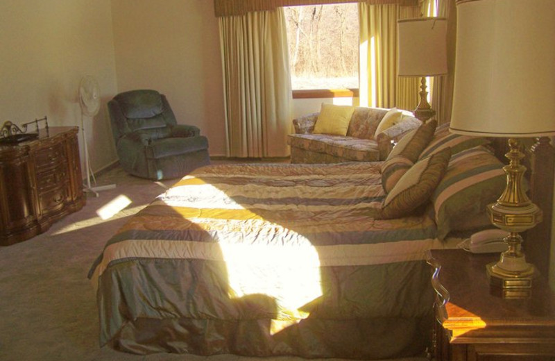 Guest bedroom at Basswood Country Resort.