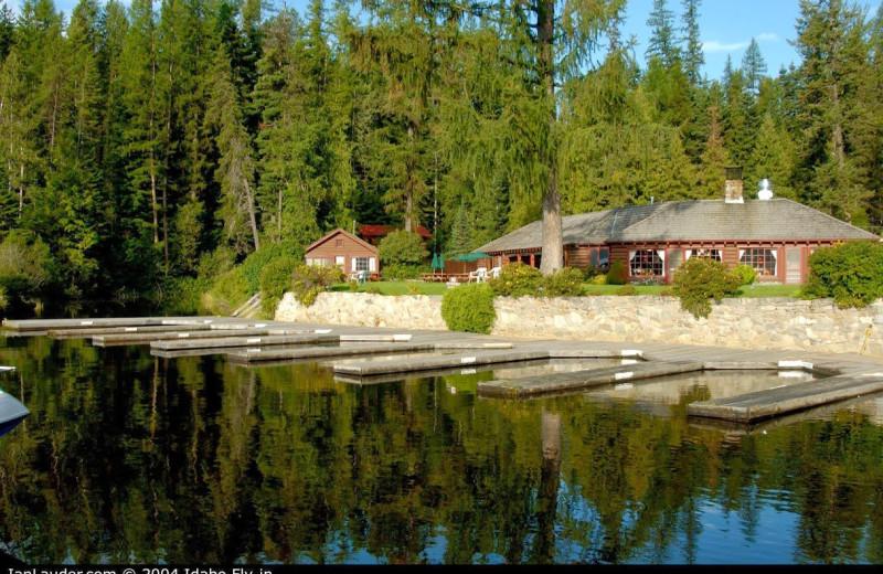 Exterior view of Elkins Resort.