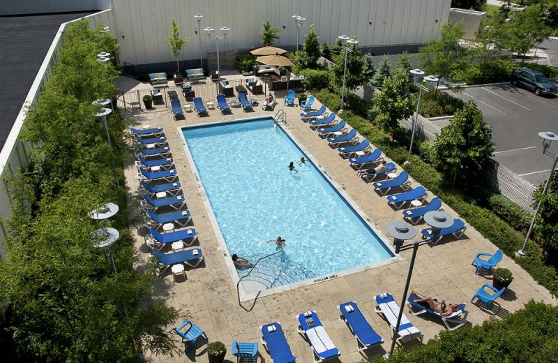 Outdoor Pool at the Toronto Don Valley Hotel & Suites