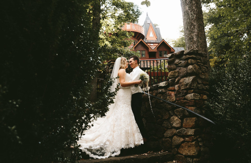 Wedding couple at Landoll's Mohican Castle.