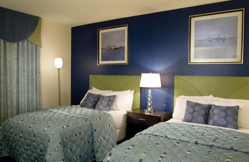 Guest bedroom at Wyndham Ocean Boulevard.