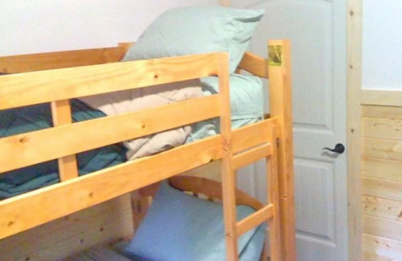 Bunk beds at McKenzie River Mountain Resort.