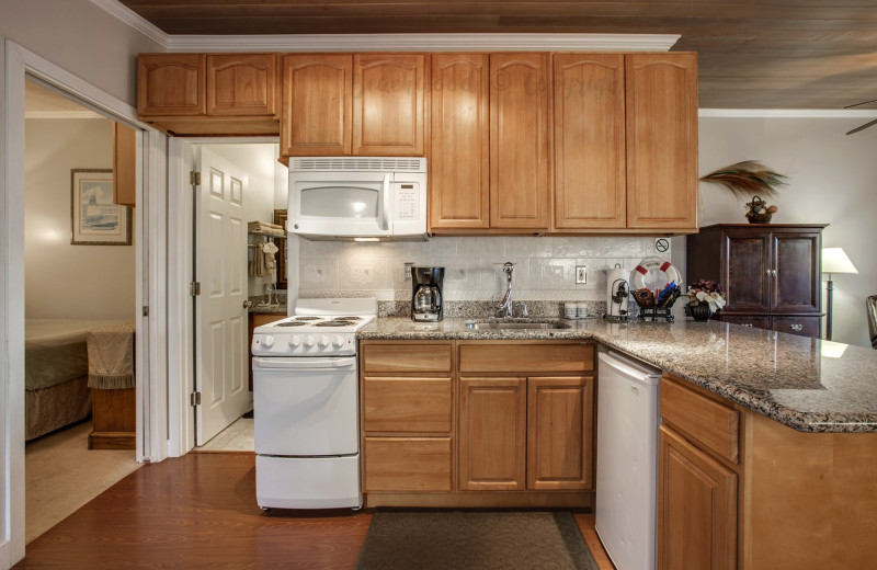 Guest kitchen at Beachwood Resort Condos.