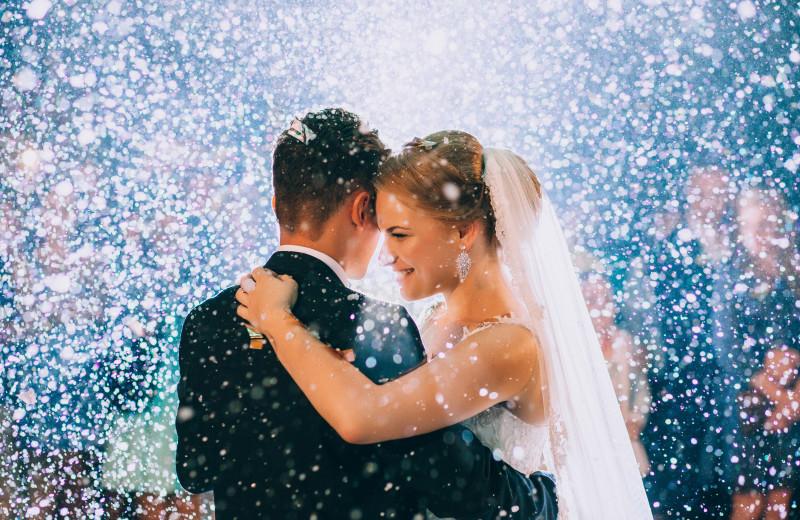 Weddings at Aspen Square Condominium Hotel.