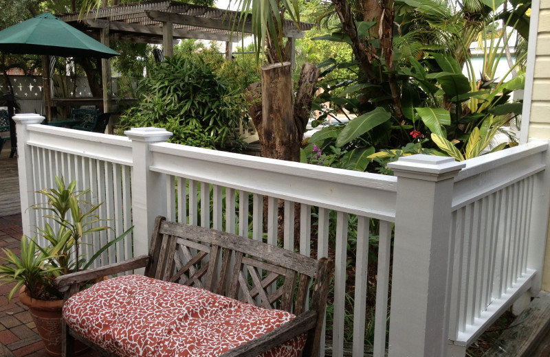 Outdoor sitting area at Merlin Guesthouse.