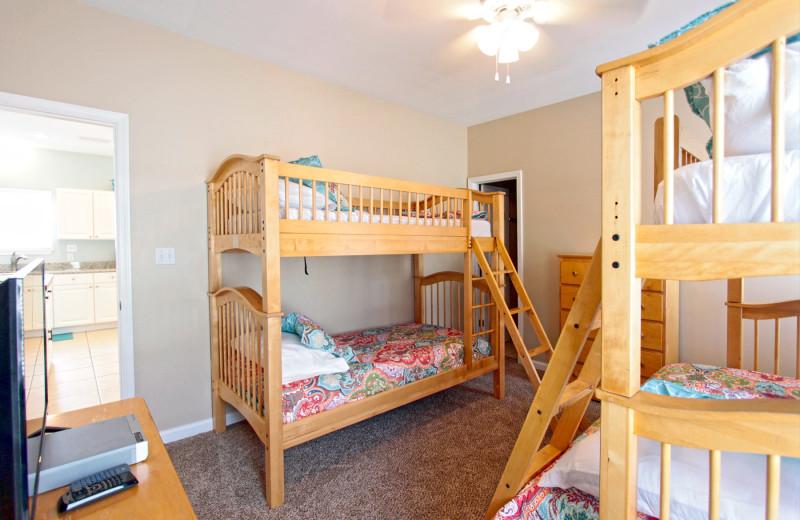 Rental bunk beds at Reed Real Estate Vacation Rentals.