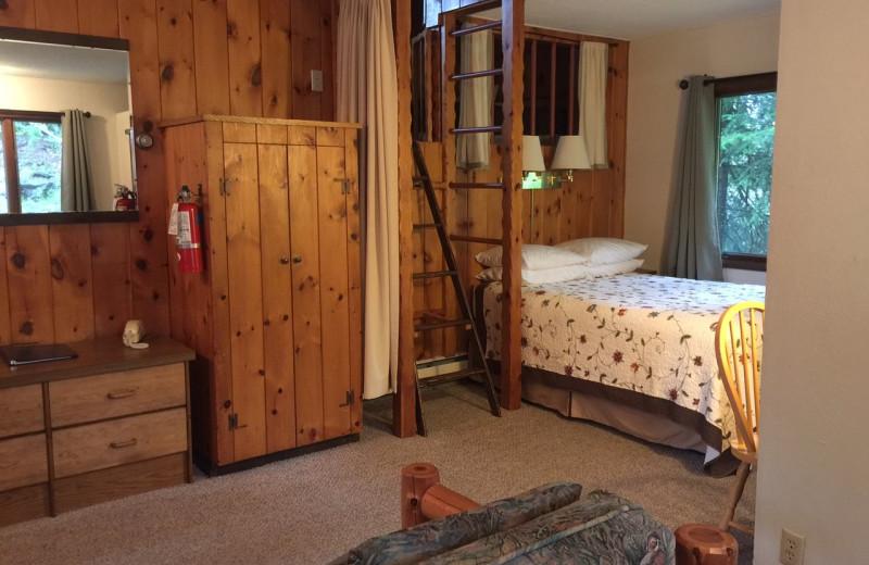 Guest room at Thomsonite Beach Inn & Suites.
