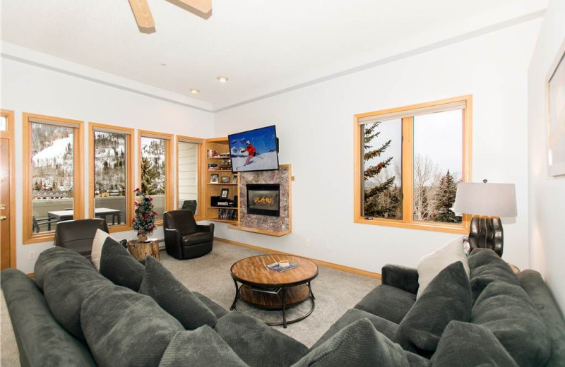 Guest living room at Sun Vail Condominiums.