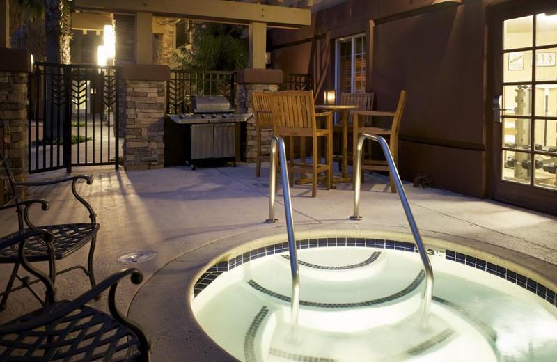 Outdoor hot tub at Larkspur Landing - Sunnyvale.