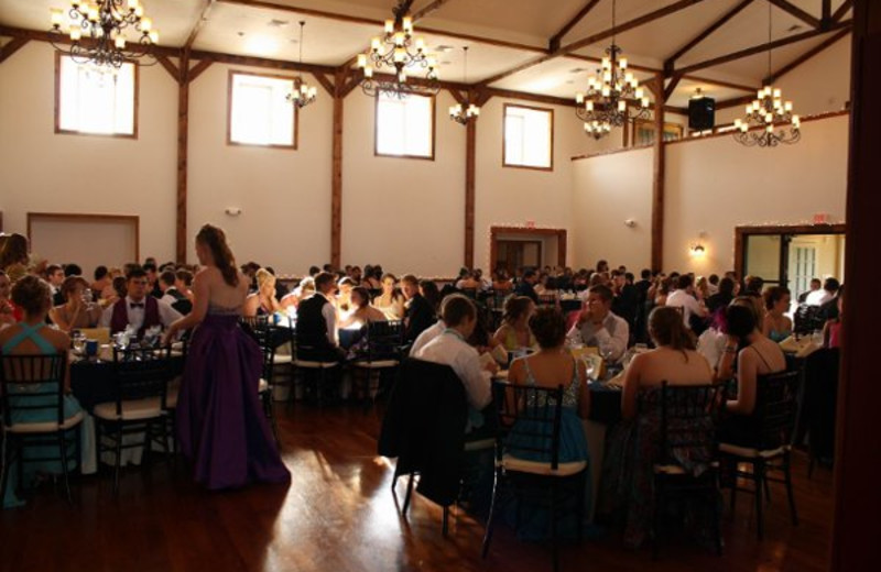 Wedding at The Lodges at Gettysburg.
