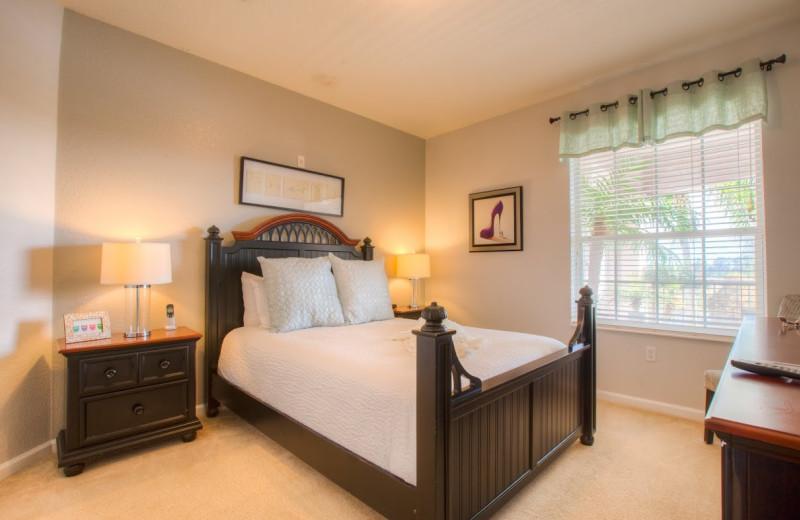 Guest bedroom at Orlando Luxury Escapes Vacation Rentals.