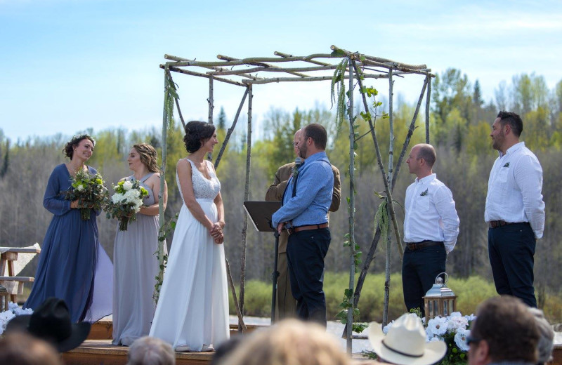 Weddings at Frontier Experience.