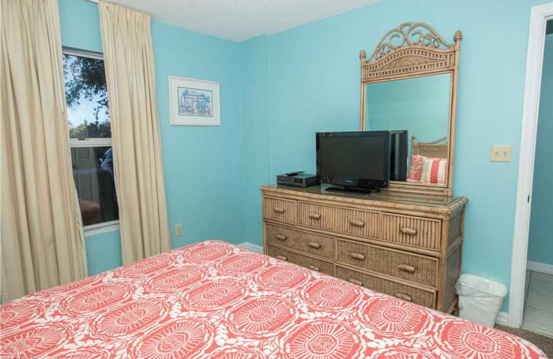Bedroom at Holiday Isle Properties - Pelican Beach 110.